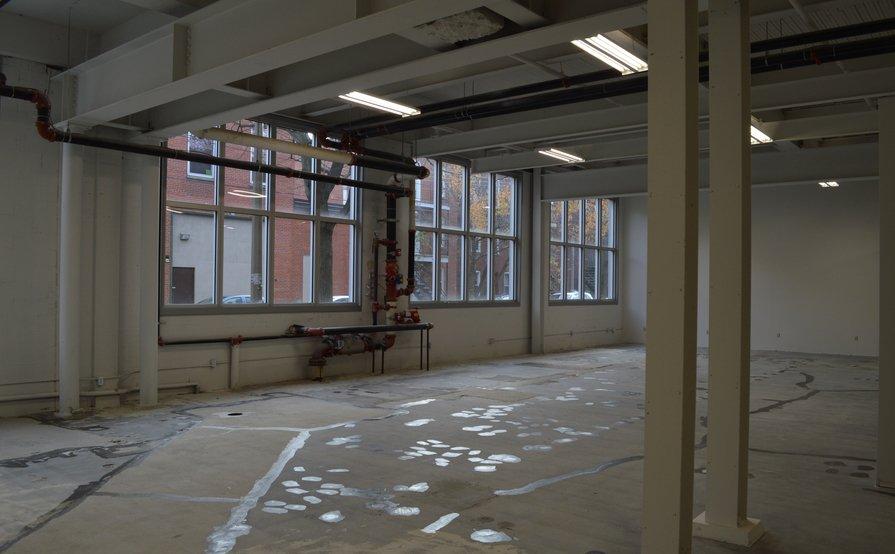 Espace de travail multifonctionnel chez Vention / Multifunctional workspace @ Vention