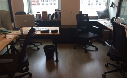 Affordable desk in a real office for freelancers