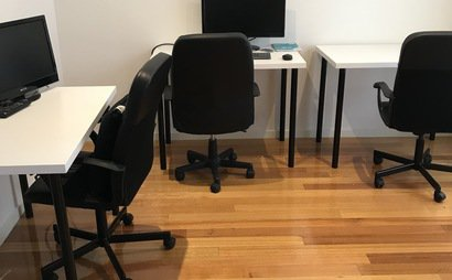 Richmond Private Home Office for Creatives, Start-ups, Sole Traders or other. Hot Desking available