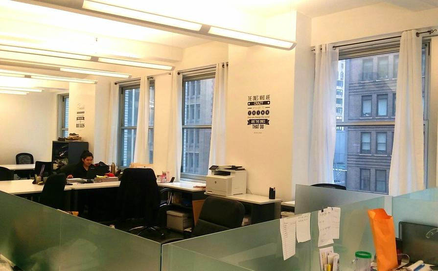 Great space!  Desks available immediately in Times Square / Bryant Park area.