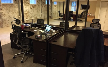 Tech desks two blocks from park and belt line