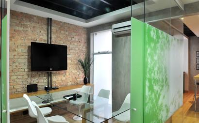 Ponto Urbano_Metting Room for 6 or 8