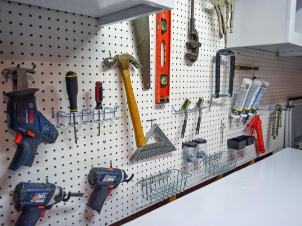 Original-Dylan-Eastman_Pegboard-Garage-Storage-After1.jpg.rend.hgtvcom.1280.960.jpeg