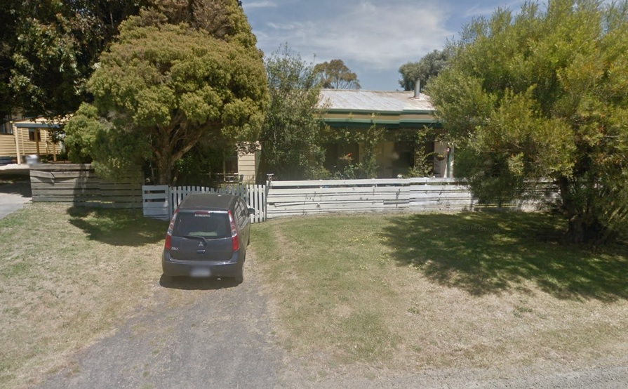 Lock-up Garage available in Wonthaggi VIC - Easy Access! #1