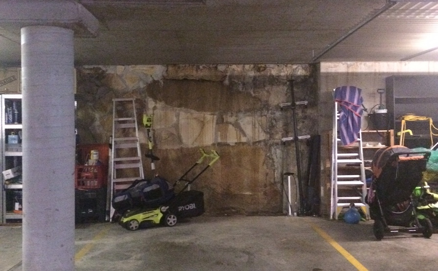 Garage spot North Sydney