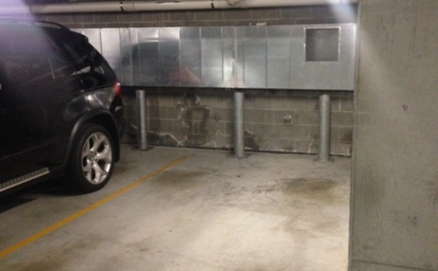 Secure carspace in Alexandria