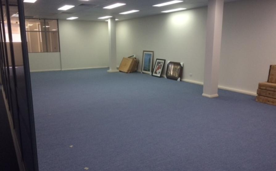 Chiswick - Huge 80sqm secure storage room #12