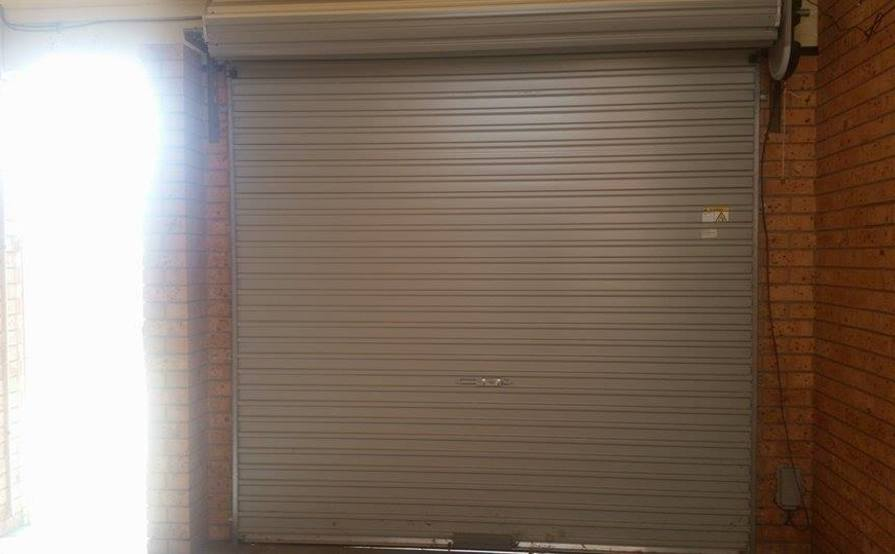 Enclosed secure garage for parking or storage - Westmead
