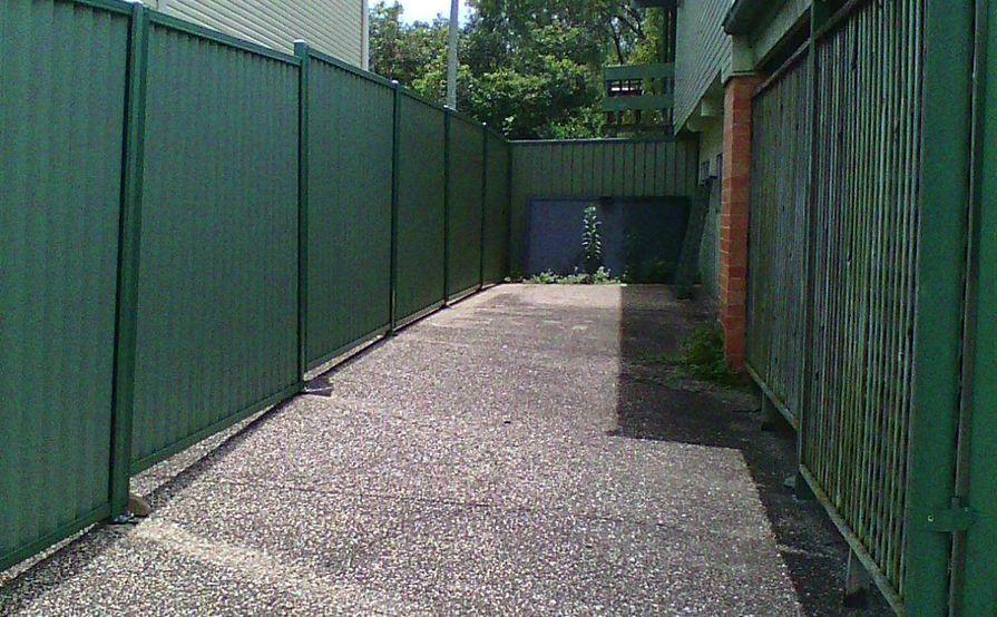 12 meters long space for rent in Mt Gravatt East