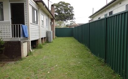 Level Grassy Area in Wentworthville #1