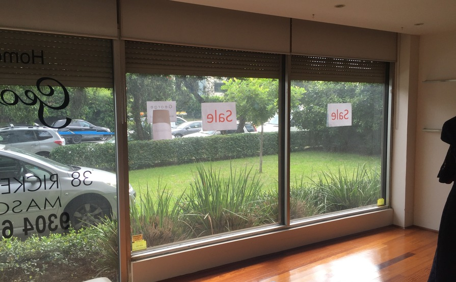 Mascot Showroom / Office 74sqm - Modern & Secure with 2 car spaces