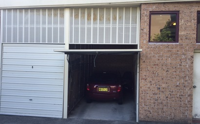 ROSE BAY Single Lock-up Garage for Storage and Parking