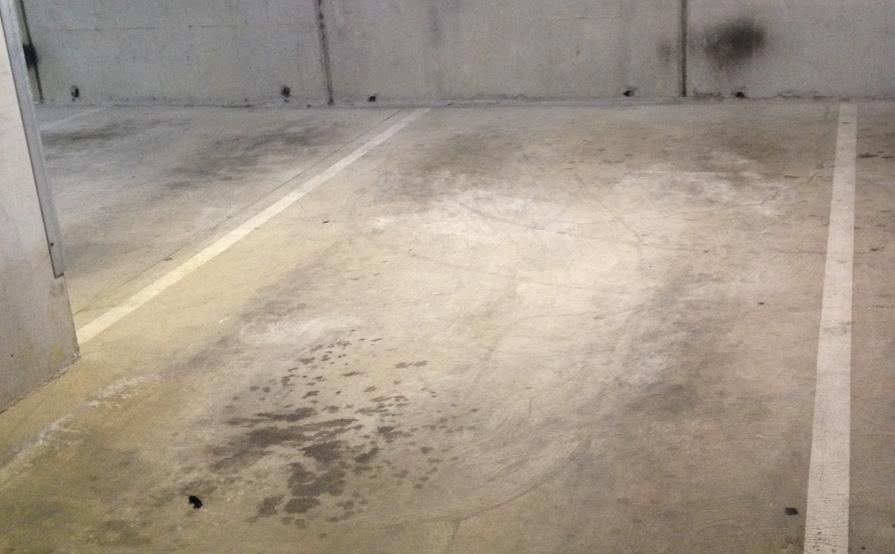Good parking space near  Lygon St,CBD and Uni Melbourne
