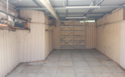 Garage space for rent in Edgewater