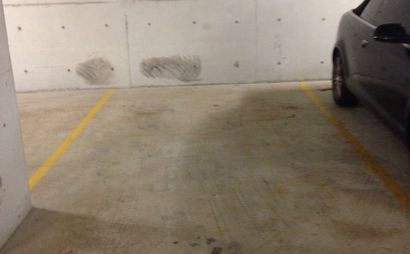 Parking Space in Zetland