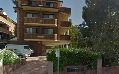 Parramatta - Single garage in Early Street close to train station and bus stop