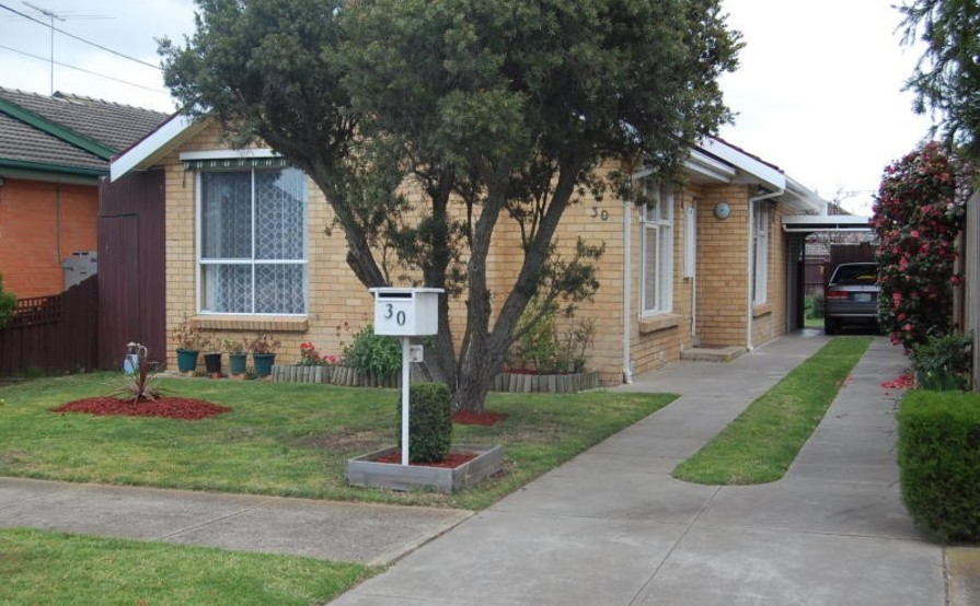 Laverton - Covered Parking Space for Rent
