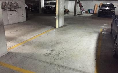 Elizabeth Bay secured undercover car park