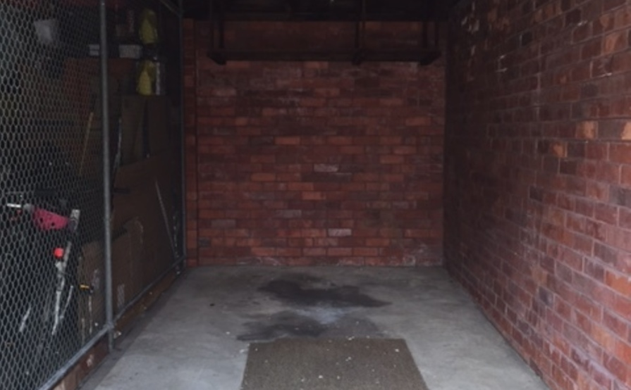 Single Lock Up Garage for Rent in Kingsford