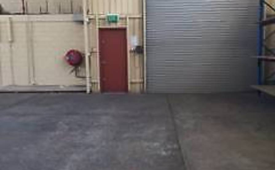 WAREHOUSE SPACE FOR $253 per week including GST and Outgoings!!!