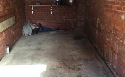 Large single lock up garage