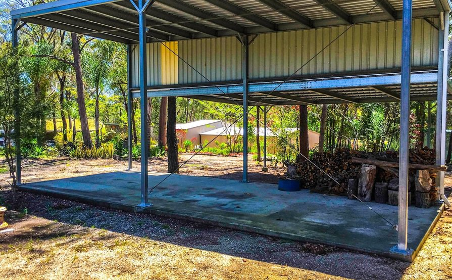 Browns Plains - Long Tall Covered Space