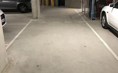 1 or 2 Car park plus storage for rent