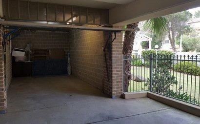 Pendle Hill - Lockup Garage