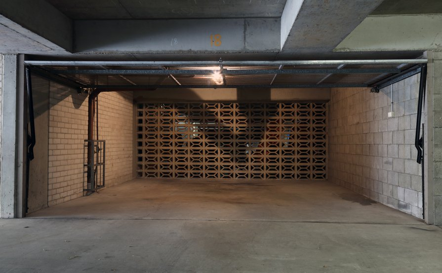 Bondi - Undercover Double Garage in security building