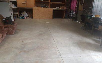 Very Spacious garage
