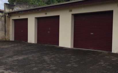 single secure garage in Kensington