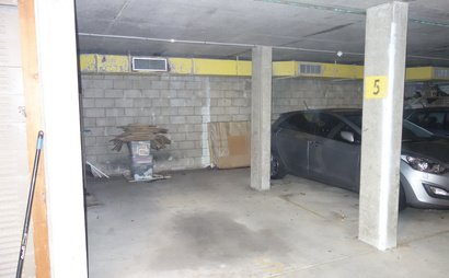 Premium Parking Space - GREAT Kensington Location