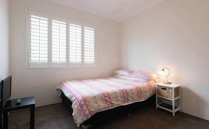 Bedroom space for rent in Bronte - Storage only