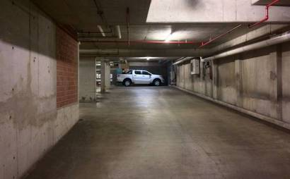 Neutral Bay - Secure Underground Parking In Prime Location