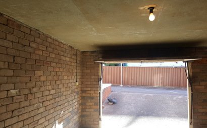 SPACIOUS GARAGE VERY CLOSE TO PRINCESS HIGHWAY (Available now until JUNE-2018)