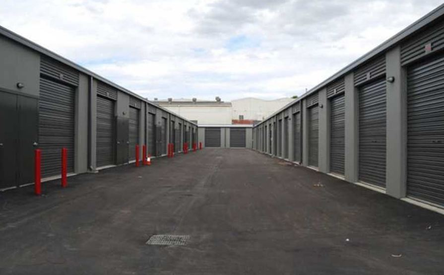Cheap min-warehouse in O'Conner