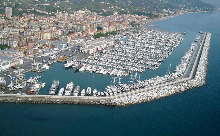 Porto di Lavagna - Genova (H74)
