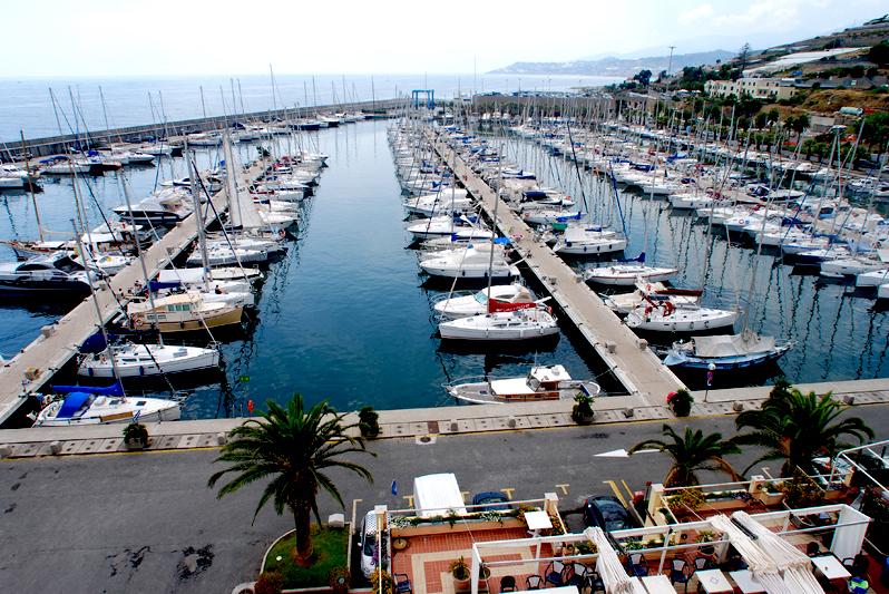 Marina degli Aregai