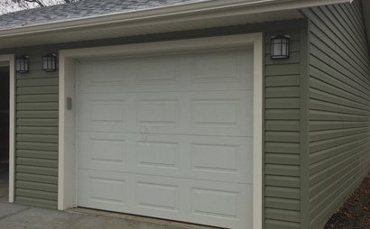 NEW SECURE 1 CAR GARAGE