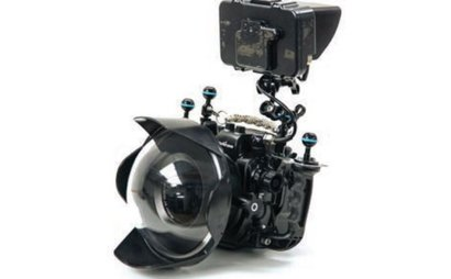 Canon 5D4 Nauticam housing and monitor package