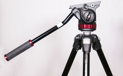 Manfrotto tripod and fluid head