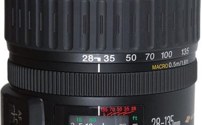 Canon 28-135mm - f/3.5-5.6 IS