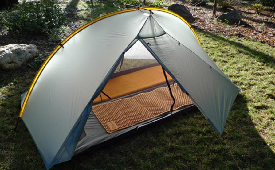 Lightweight 2 Person Backpacking Tent