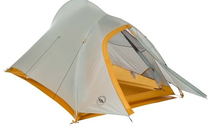 Ultra Light tent (2 small people tent or 1 large person with pack)